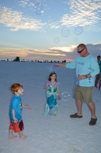 Jack (4) and Kate (5) with their dad from Sarasota.