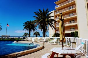 Gulf Front, Three Pools, and Dog friendly at Jamaica Royale