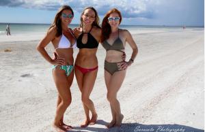 December Island Girls